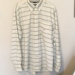 Nautica Classic Fit Long Sleeved Shirt Size L NWT